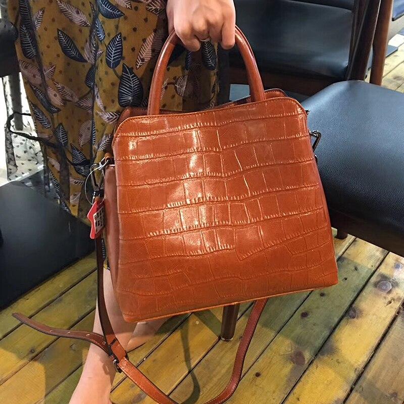 Alligator kobiet z prawdziwej skóry krokodyla luksusowe torebki na ramię kobiety Top torby z uchwytami projektant Bolsos Mujer torba neutralny w Torby z uchwytem od Bagaże i torby na  Grupa 2