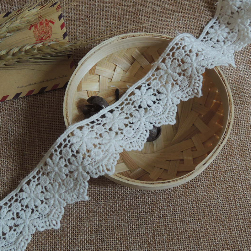 5Yards / Lot White Lace Trim Water Soluble Embroidery Cotton Lace DIY Lace Fabric Clothing Accessor RS82