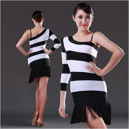 323cfdd7fa3b7 Nouveau style de danse latine costumes hauts sexy bandes de soie de glace  robe de danse latine pour les femmes de danse latine robes S-XL