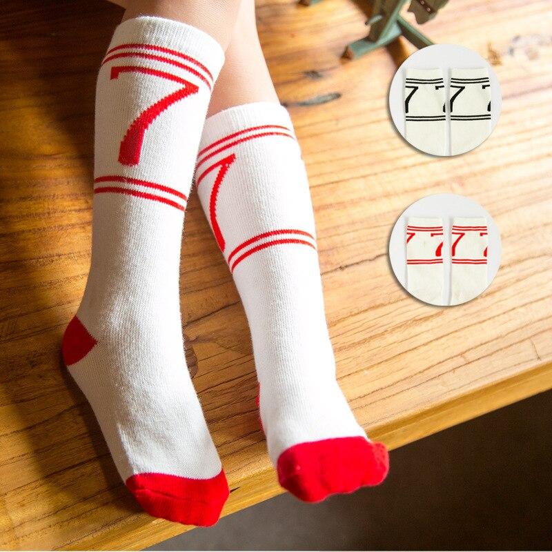 Девушка в длинных белых носках фото фото 527-841