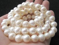 Beautiful 33 10mm Natural White Round FW Pearl Necklace Free Shippment