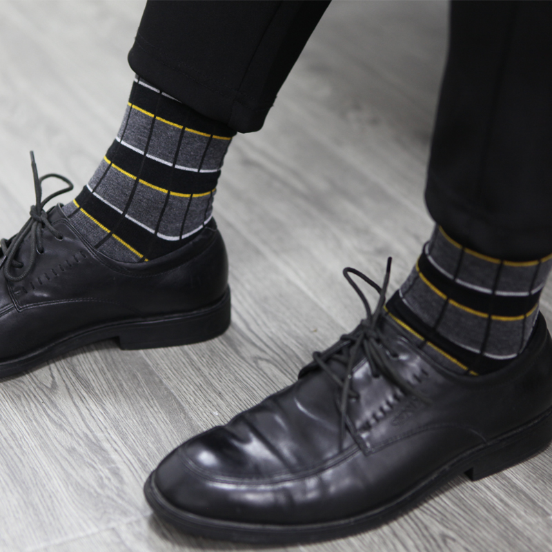 Image 4 - Match Up Men Business Cotton Stripe Plaid Socks Cool Casual Dress Socks Wedding gift Socks(5 Pairs / lot )-in Men's Socks from Underwear & Sleepwears