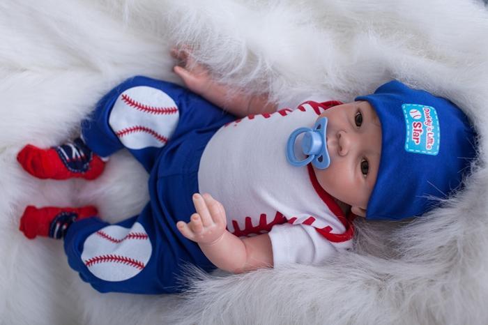 22 55cm Handmade Lifelike Baby Silicone Vinyl Boy Girl Reborn Toddler Newborn Dolls In Dolls