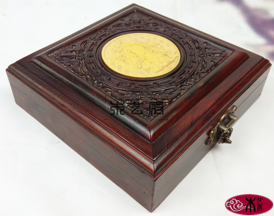 Wooden House Rosewood inlaid boxwood carved jewelry box red wood crafts home gifts Decoration