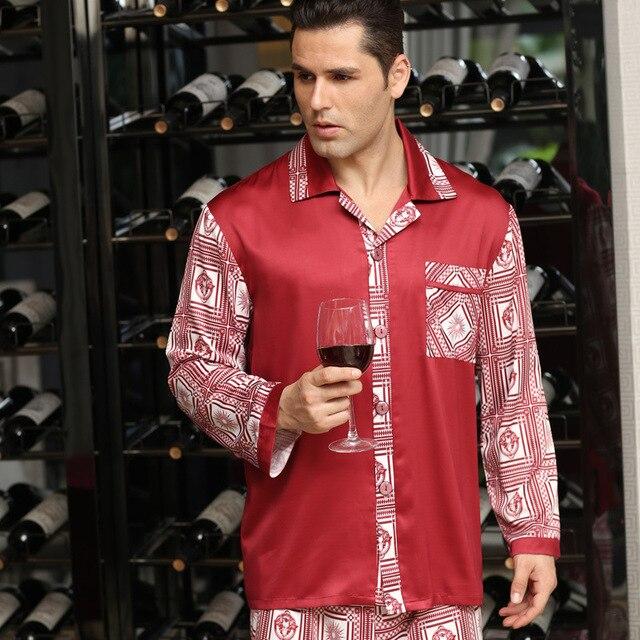 e7be07b85 € 23.85 15% de DESCUENTO|De Lujo para hombre de seda pijamas de dos piezas  pijamas de satén para hombres clásico chino pijamas de seda de los ...
