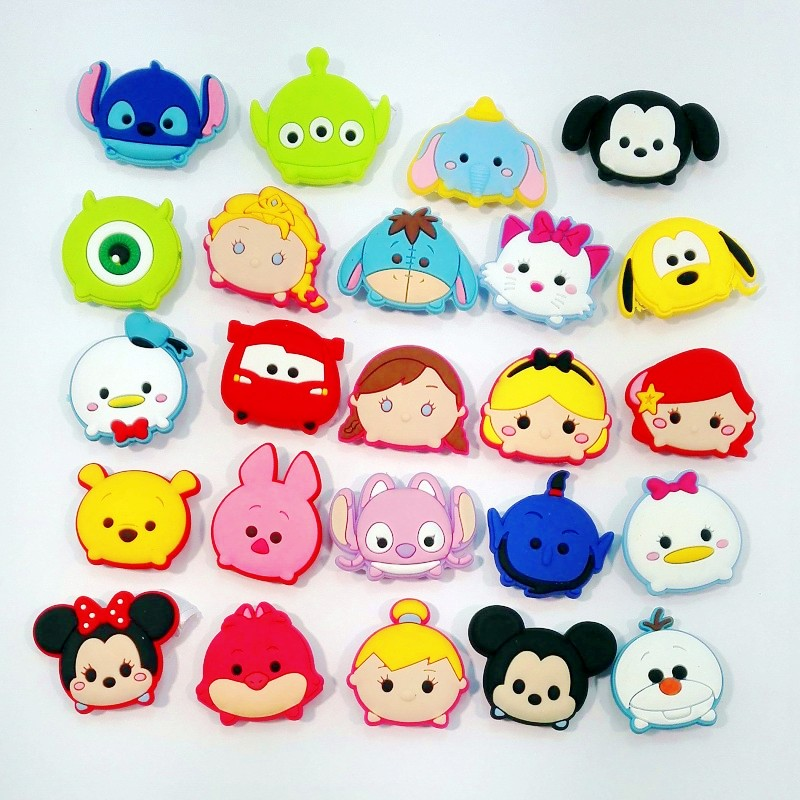 Hot 100pcs Fashion New Cute Tsum Tsum PVC Kid's Gift  Shoe Charms/shoe accessories/shoe decorate for shoe/ Wristbands new in box tsum tsum stack n play toy shop original