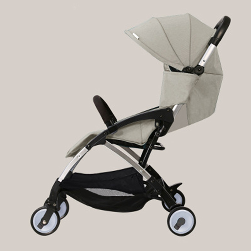 цена на Light Baby Stroller For Travelling Can Sit And Lie Down To Fold The Child Trolley On The Plane Baby Umbrella Baby Stroller 2017
