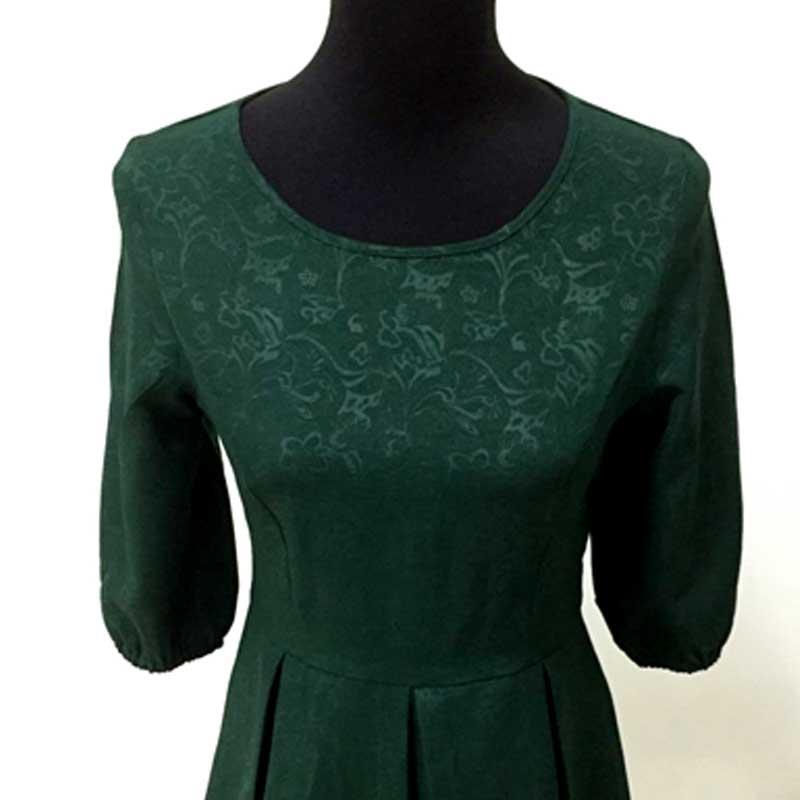 14b913e0da1eb Mère fille robes mode famille correspondant tenues Slim mère et fille  vêtements vert demi manches robe de noël MVUPP dans Famille Des Vêtements  Assortis de ...