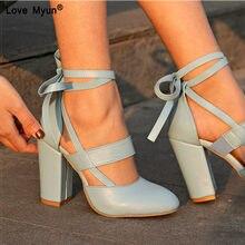 Mujeres bombas cómodos tacones gruesos zapatos de las mujeres marca de alta  de tobillo gladiador Sandalias de tacón alto 8 56e024782c4f