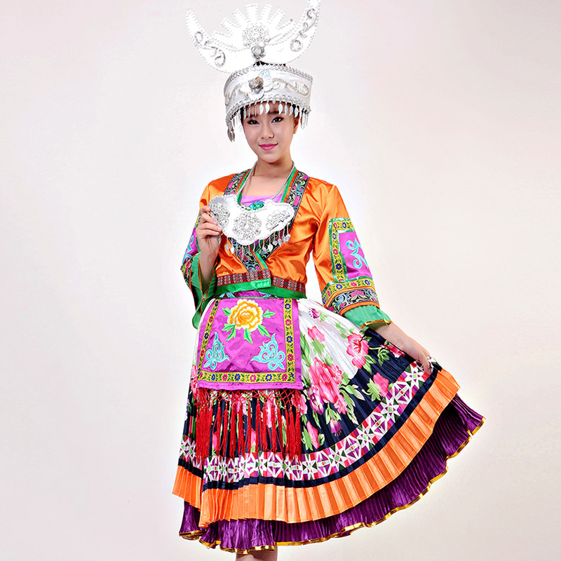 The new dance of the Miao clothing dance costumes Miao costumes Miao headdress