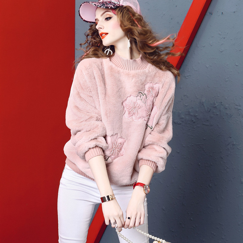 Nouvelle arrivée d'hiver de mode rose brodé manches chauve-souris sweat