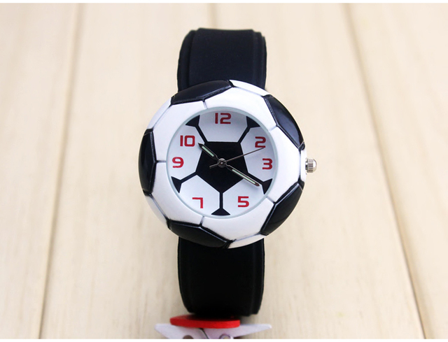 Free drop shipping retail fashion kids children boys gifts watch silicone footba
