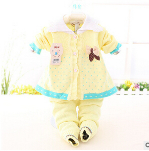 2016NEW Baby's Set  Winter Girl Flannel Suit Thickening Keep warm Baby Cartoon Rabbit (Two Piece Sets) Cotton-padded clothes