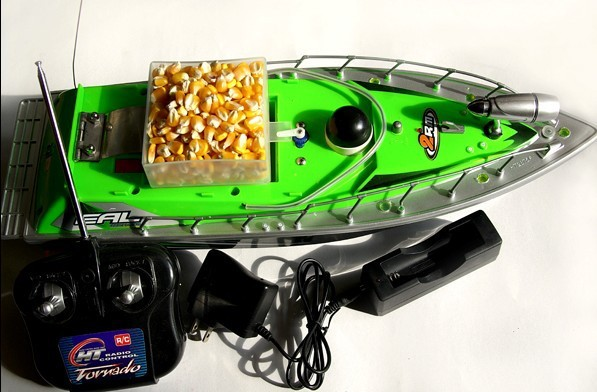 2016 New item F2-3S  RC bait boat  working time 9 hours  +car charger  with 3PCS batteries mf2300 f2