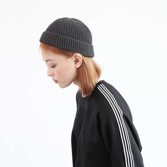 a21904b8d07 New Men Knitted Skullcap Casual Short wool women Thread Hip Hop Hat Beanie  Skullcap Retro Navy