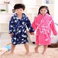 Outono Inverno Pijamas Coral Grossa de Flanela Camisola Das Crianças Meninos E Meninas Crianças Bebê SleepWear Roupão Quimono Macio Quente