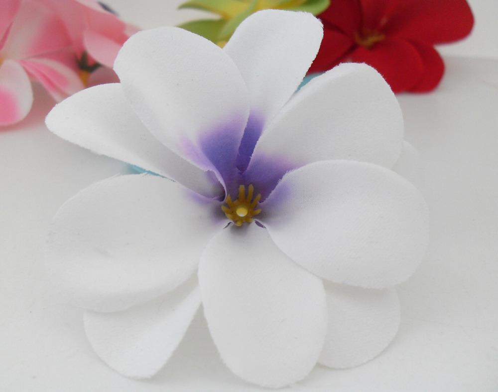Aliexpress buy 50 pieces white artificial hawaiian plumeria aliexpress buy 50 pieces white artificial hawaiian plumeria frangipani silk flowers wedding decoration b47 from reliable wedding bedroom decoration izmirmasajfo