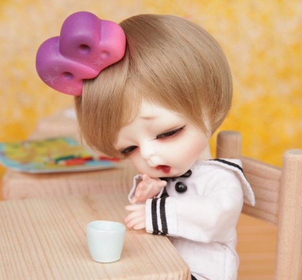 1/8 scale BJD about 15cm pop BJD/SD cute kid Tiny louis Resin figure doll DIY Model Toy gift.Not included Clothes,shoes,wig