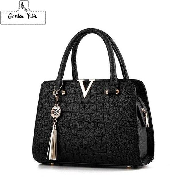 Женские модные дизайнерские сумки из крокодиловой кожи с V образным вырезом и буквами, роскошные качественные женские сумки через плечо, сумка мессенджер с бахромой