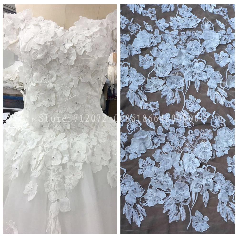 La Belleza 1 yard Off white 3D flowers fashion wedding evinging dress lace fabric