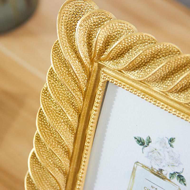 European 6/7 Inch Resin Photo Frame Retro Light Luxury Gold Photo Frame Desktops Decorative Photo Frame To Send Friends Gifts