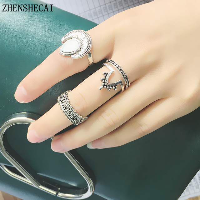 ee96694248 4Pcs/Set Charm Gold Color Midi Finger Ring Set for Women Vintage Boho  Knuckle Party Rings Punk Jewelry Gift for Girl nj6