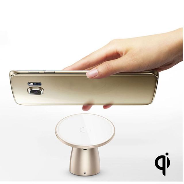 Qi sem fio carregador de carro magnética titular new 360 rotating car charger doca pad titular estande para iphone sumsung xiaomi htc