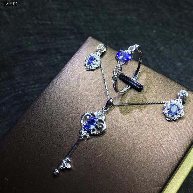Columbia natural tanzanite set ring earrings necklace fashionable with new design quality 925 Silver