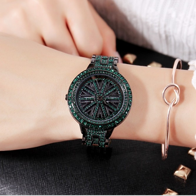 2019 New Women Stainless Steel Watch Lady Shining Rotation Dress Watch Big Diamond Stone Wristwatches Purple Watch Clocks Hours