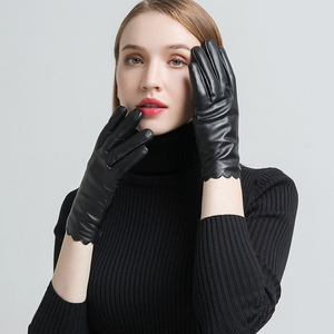 Image 2 - Gours frauen Aus Echtem Leder Handschuhe Mode Marke Schwarz Schaffell Touchscreen Finger Handschuhe Warm Im Winter Neue Ankunft GSL070