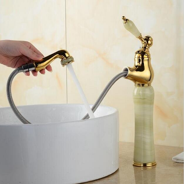 New jade and brass faucet gold finished bathroom basin faucet,Luxury sink tap mixer with pull out shower head pull-out water tap rose gold brass bathroom pull out sink faucet with natural jade marble basin mixer torneira single hole handle water tap
