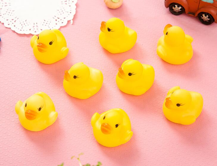 60pcs Floating Squeaky Rubber Ducks Kids Bath Toys for Children Boys Girls Water Swimming Pool Fun Playing Toy