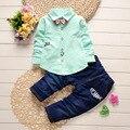 New Style 2017 Primavera Conjuntos de Roupas Infantis Do Bebê Meninos Ternos de Algodão Peixes pequenos Lapela Bow tie Shirt + Calças 2 Pcs Crianças Se Adapte Às Crianças