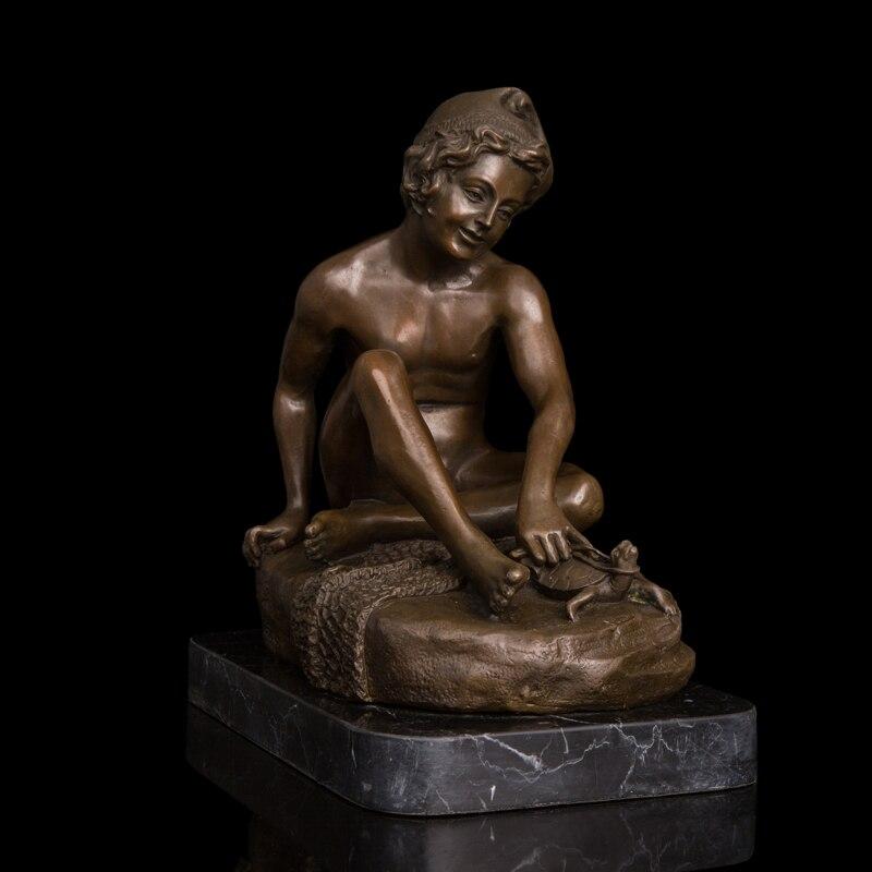 Artisanat en cuivre corps humain occidental Ar Statue nue Sculpture en Bronze Figures de ménage Statue en Bronze juvénile et tortue czs-