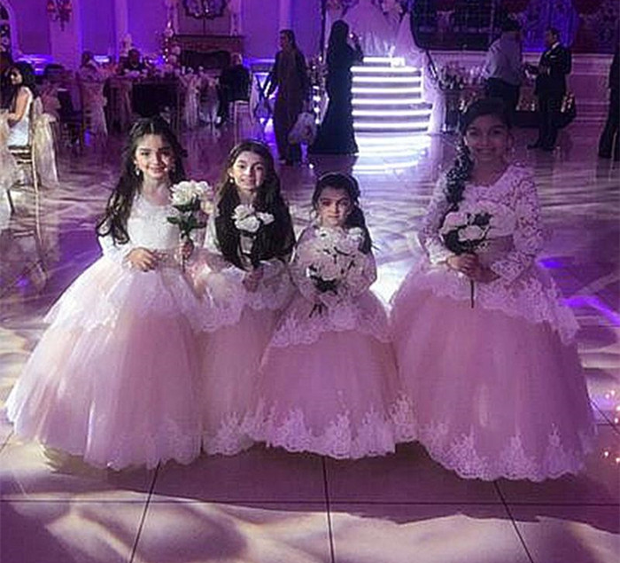 Gorgeous   Flower     Girl     Dress   with Lace Appliques For Formal Wedding Lace Top Keyhole Back Customized Ball Gowns For Elegant   Girls