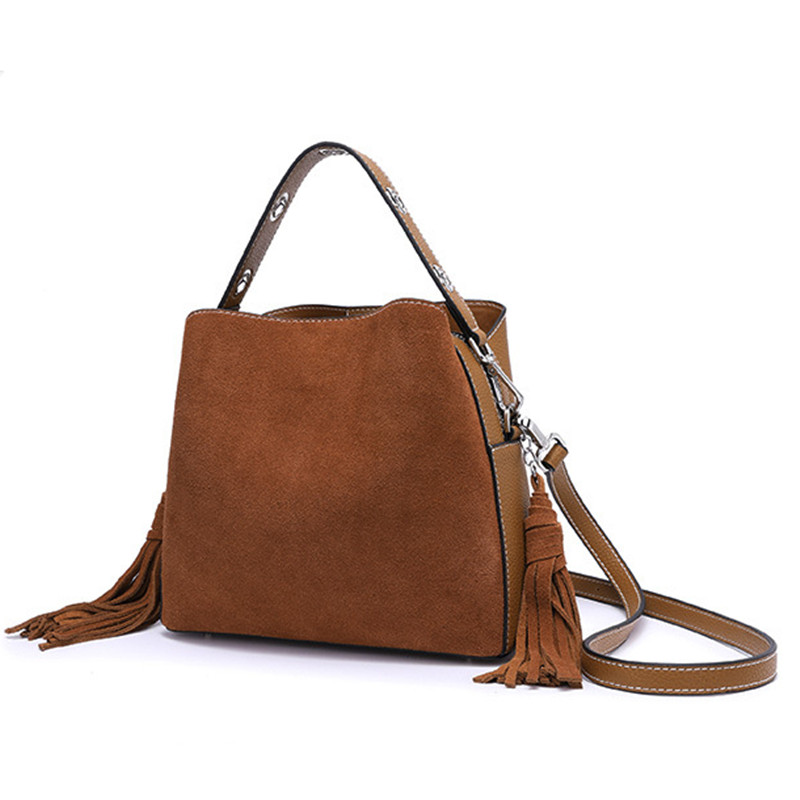 GenuineLeather ladies stitching handbags fashion brand suede bag large capacity bucket tassel Messenger bag designer highquality stitching chains metallic tassel crossbody bag