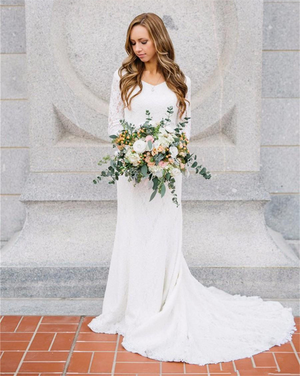 2018 New Long Sleeves Sexy Wedding Dresses Beach Bridal Lace Appliques White/Lvory Romantic  Floor-Length Accept Custom Made