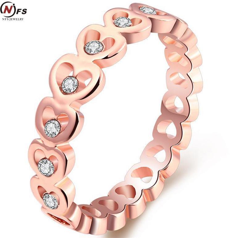 Multicamadas Coração Do Anel Real ouro Rosa antigo Chapeado Pave Mro Limpar  AAA Cub Zirconia Anel 059265d78a