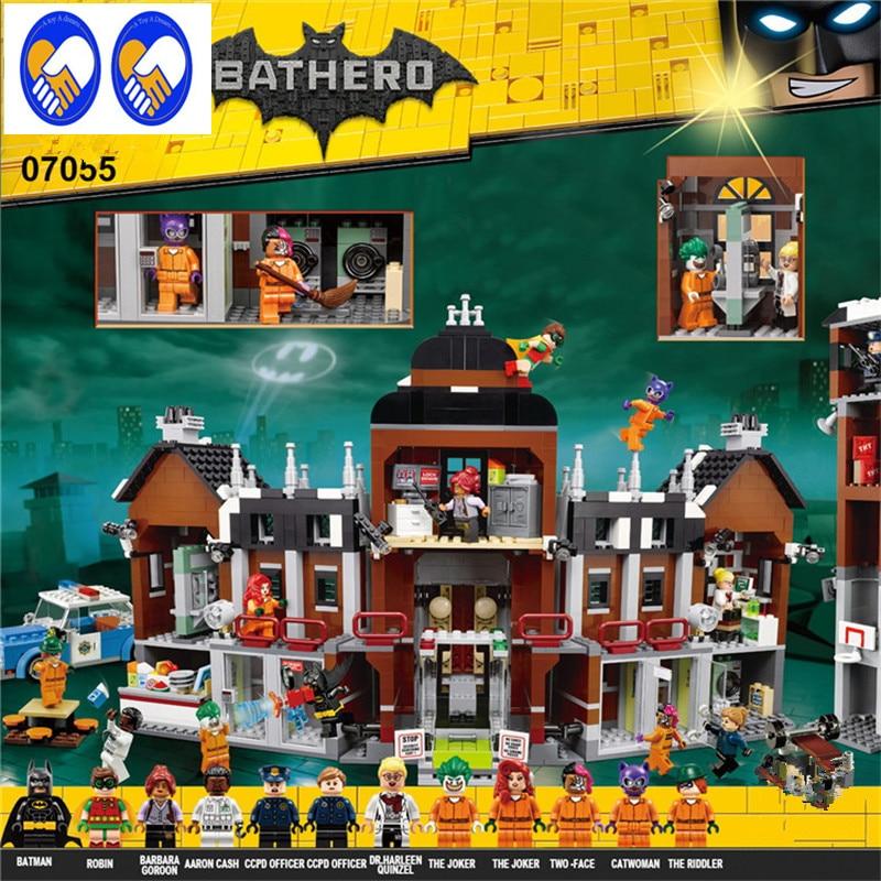 A Toy A Dream 1628Pcs Lepin 07055 Genuine Batman Series Batman Movie Arkham Asylum Building Blocks Bricks Toys with 70912 gift a toy a dream lepin 02043 718pcs building blocks bricks new genuine city series airport terminal toys for children gifts
