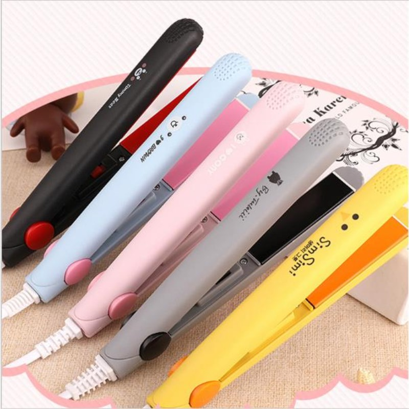 AT FASHION Mini Hair Straightener Small Ceramic Hair Curling Iron Carton Hot Tools Electric Ionic Hair Straighter Iron Hair Tool