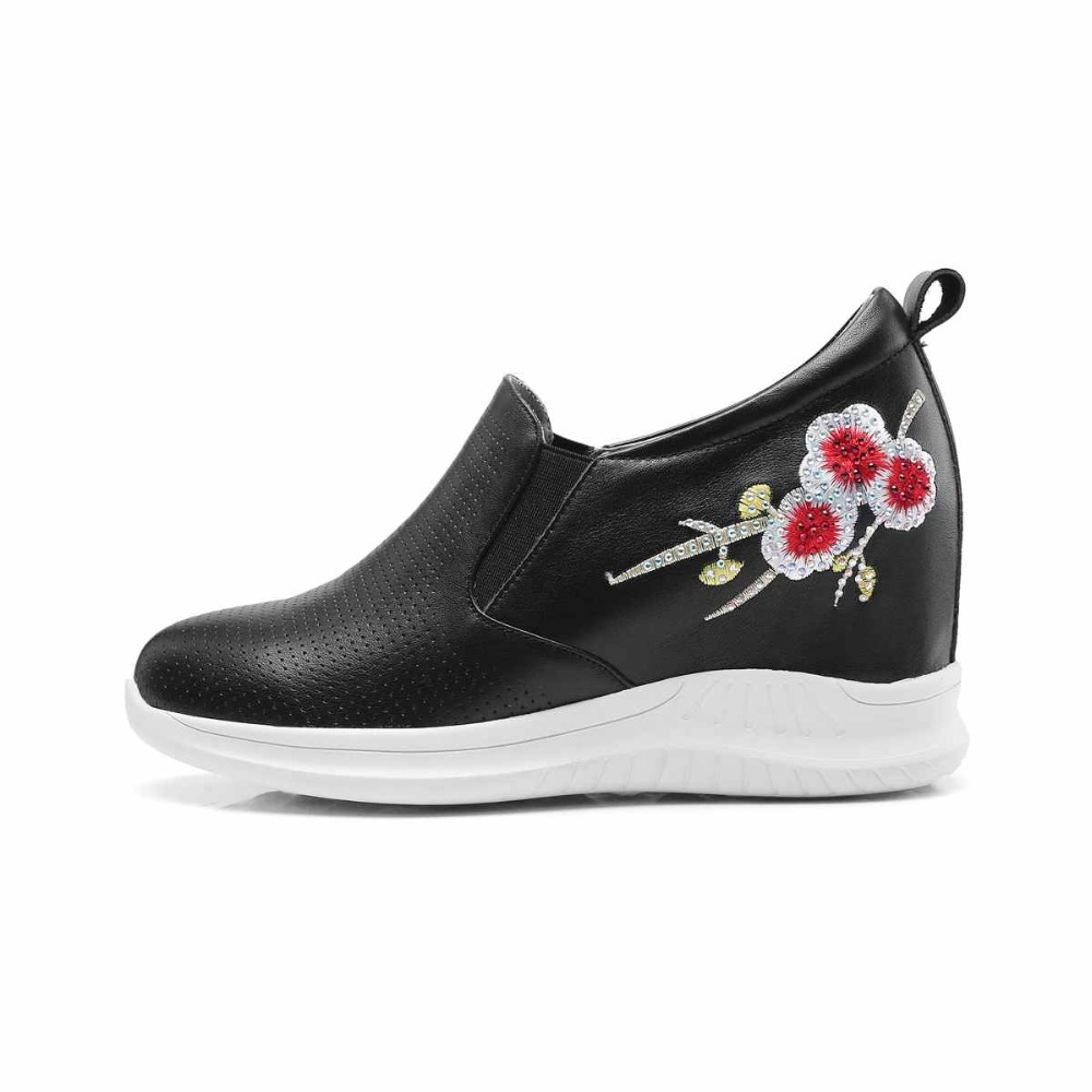 Vulkanisierte Hollow Sneaker Hollow Krazing Casual weiß Leder Topf Blumen black Runde Schuhe Schwarzes Plattform white Kappe Erhöht Stickerei Superstar Echtes Keil L01 zqOz14