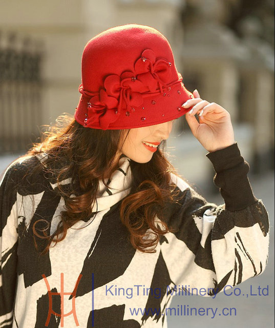 Free Shipping Fashion Women Hats New Arrival Elegant Short Brim Handmade Flowers And Stones Decorated Wool Felt Women Hat