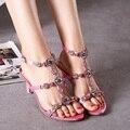 O envio gratuito de Novas mulheres sapatos de salto alto mulheres sapatos moda rebite de Strass sólidos T-tipo fivela salto fino verão rosa