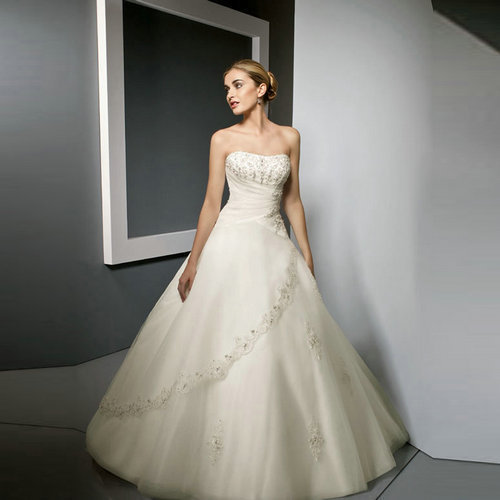 Free Shipping! 2014 Newest Sexy A Line Strapless Designer Wedding Dresses Bridal Gown-in Wedding Dresses from Weddings & Events on Aliexpress.com | Alibaba Group