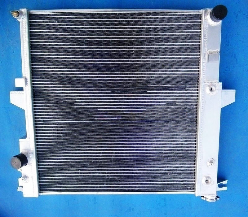 2 Row aluminum radiator FAN for 96-99 FORD EXPLORER 97-98 MOUNTIANEER V8 5.0L