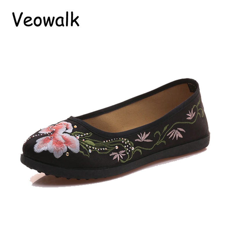 Veowalk Retro Design Women Flower Embroidered Canvas Ballets Flats Vintage Chinese Style Comfort Casual Cotton Shoes for Woman new women chinese traditional flower embroidered flats shoes casual comfortable soft canvas office career flats shoes g006