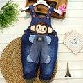 O envio gratuito de 2017 primavera outono bolso macaco calças jardineiras bebê roupas macacão infantil