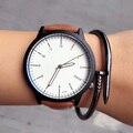 Clásico 2017 Nueva Moda Simple Estilo de Los Hombres relojes de marca de Lujo de Negocios reloj de cuarzo de Cuero ocasional Masculina Del Reloj tendencia Reloj