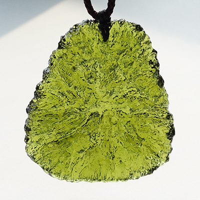 Free shipping Free shipping necklace Natural crystal moldavite pendant luo  dan nunatak mdash   energy
