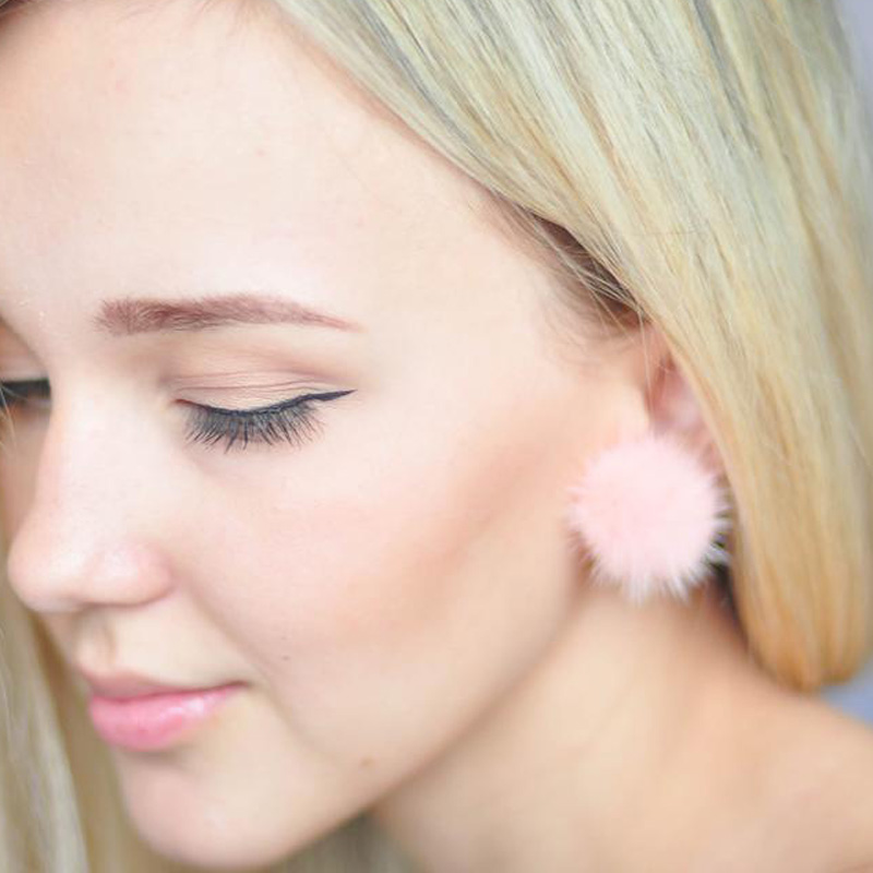 Fashion Earrings Metal Real Mink Fur Ball Silver Earring Fur Flower Earrings for Women and Girls Stud Earrings